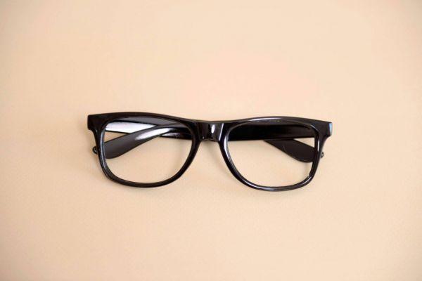 Brillen-Gestell in vielen Farben