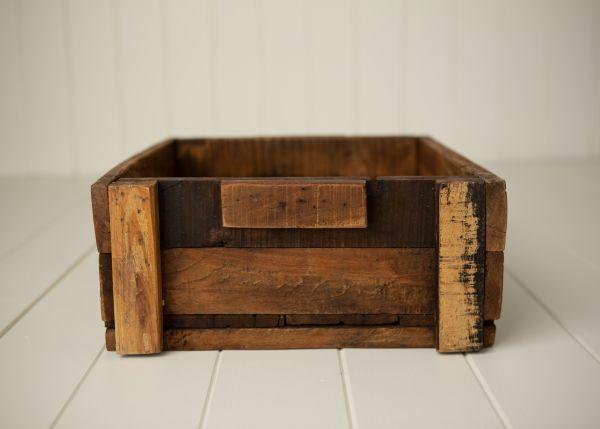Holzkiste Kiste mit kleinem Griff