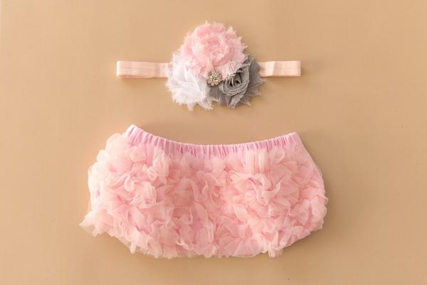 Set: Windelhöschen und Haarband in zart-rosa